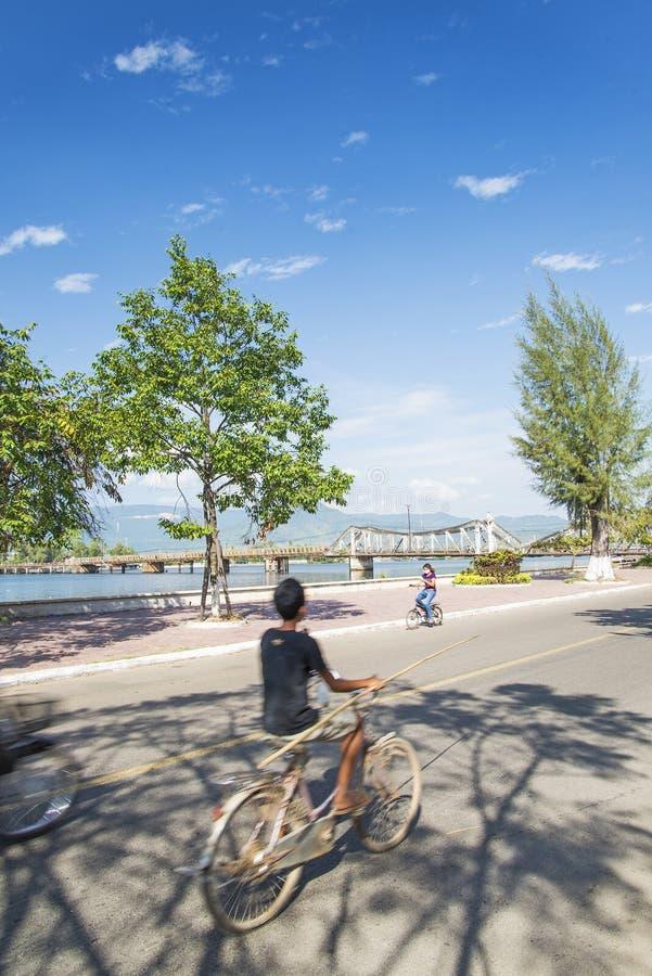 Download Rua Do Centro De Cidade De Kep Em Cambodia Imagem de Stock Editorial - Imagem de férias, curso: 29844764