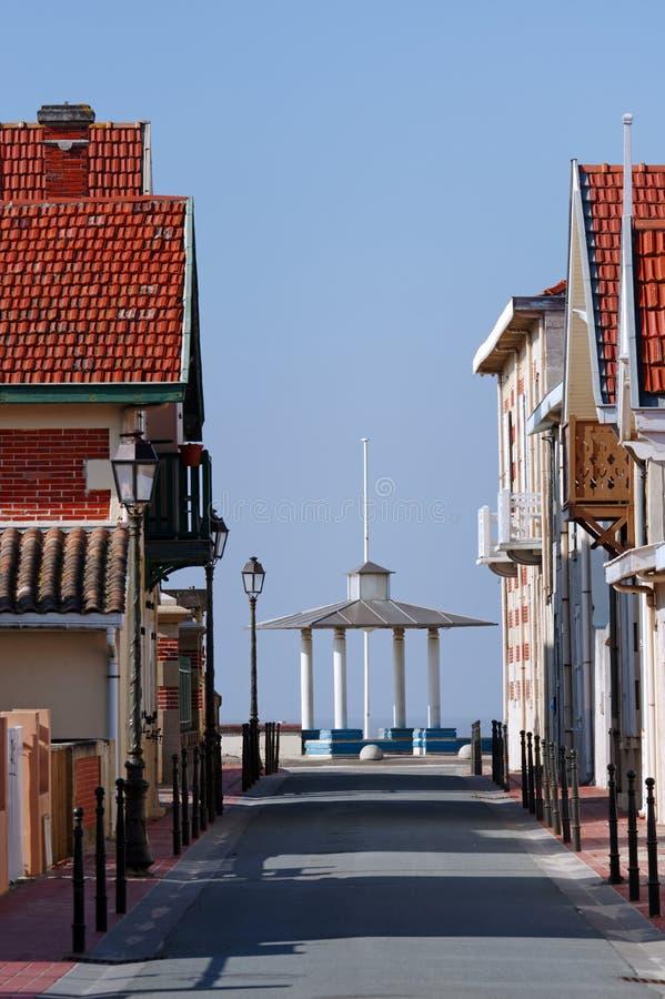 Rua do mer do sur de Soulac fotografia de stock royalty free