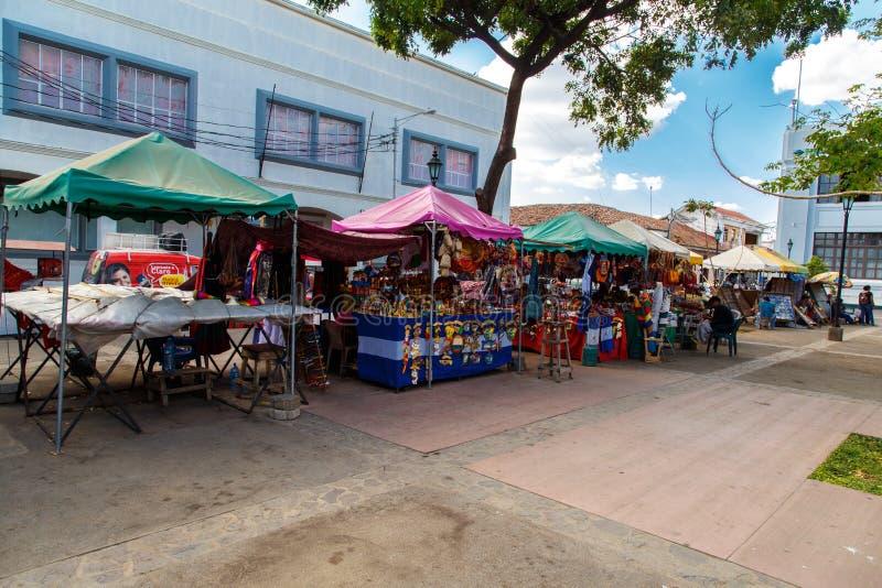 rua do mercado em Leon, Nicarágua fotografia de stock