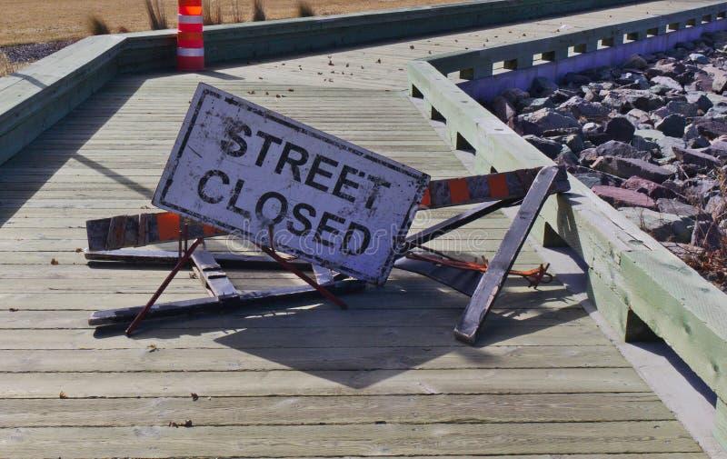 A rua do sinal fechou-se imagens de stock royalty free