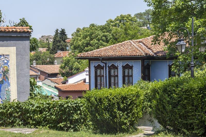 Rua e casas do século XIX na reserva arquitetónica e histórica a cidade velha no cit foto de stock royalty free
