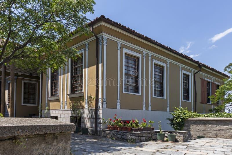 Rua e casas do século XIX na reserva arquitetónica e histórica a cidade velha no cit imagem de stock royalty free