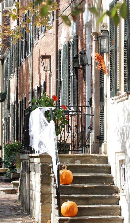 Rua em Alexandria, Virgínia em Halloween imagem de stock royalty free