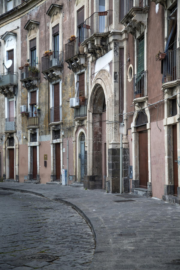 Rua em Catania, Itália foto de stock royalty free