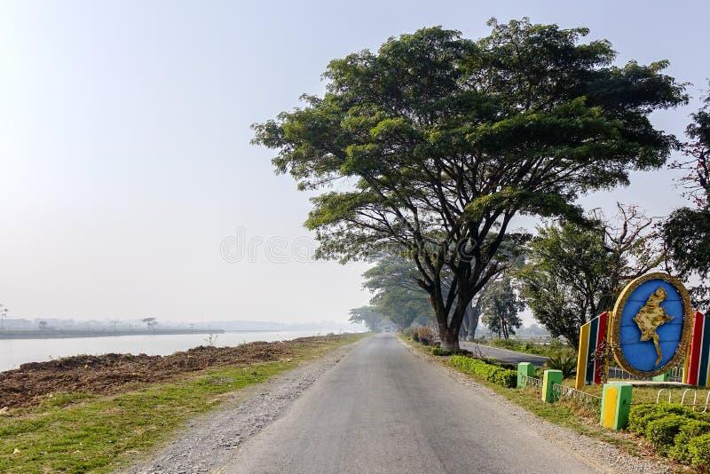 Rua em Myanmar imagem de stock