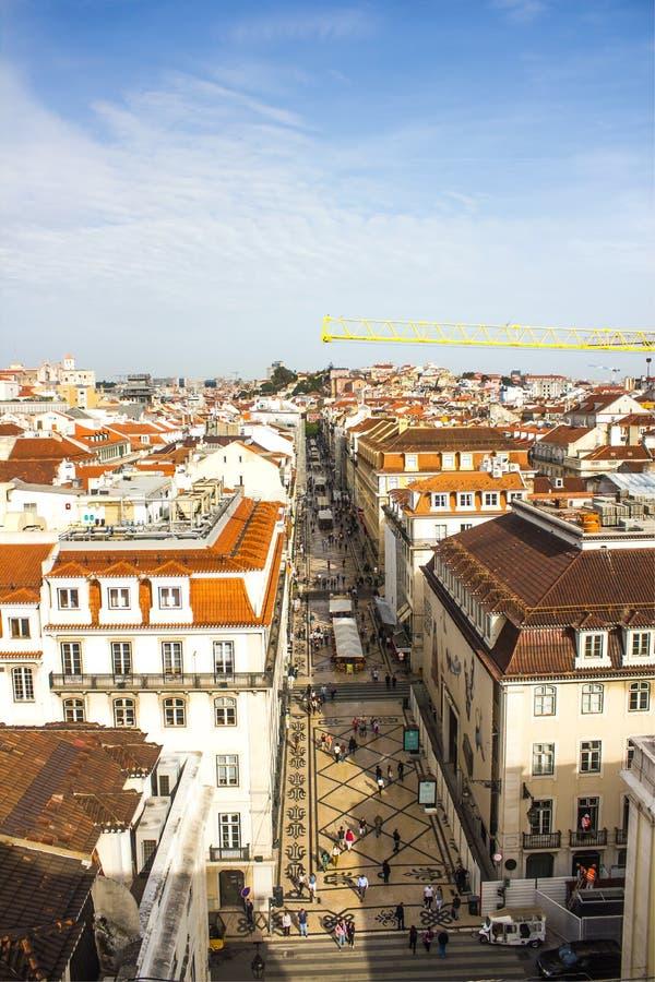 A rua famosa e popular Augusta de Rua, Lisboa do centro, Portugal fotos de stock