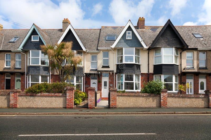 Rua inglesa de casas terraced foto de stock royalty free