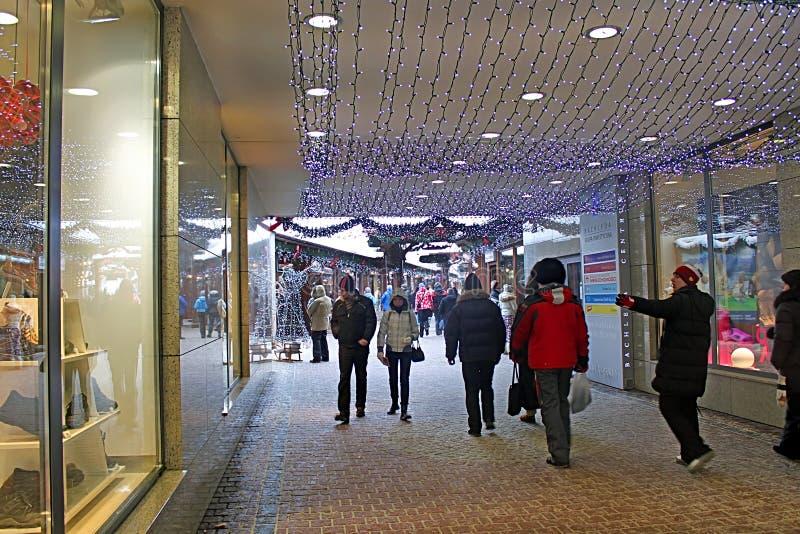 Rua Krupowki 29 da forma em Zakopane, Polônia foto de stock royalty free