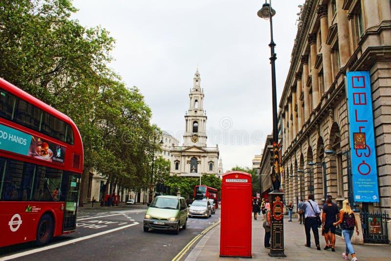 Rua Londres central Inglaterra Reino Unido da costa fotografia de stock royalty free