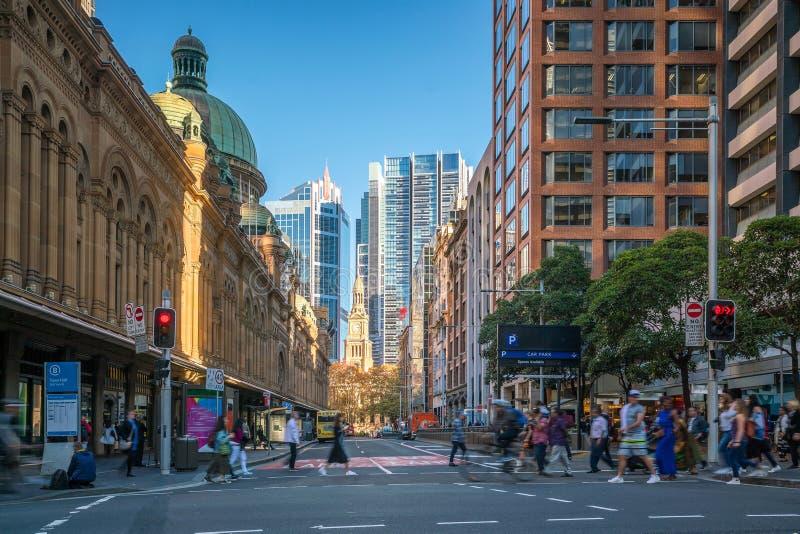Rua na área de negócio do centro de Sydney imagens de stock royalty free