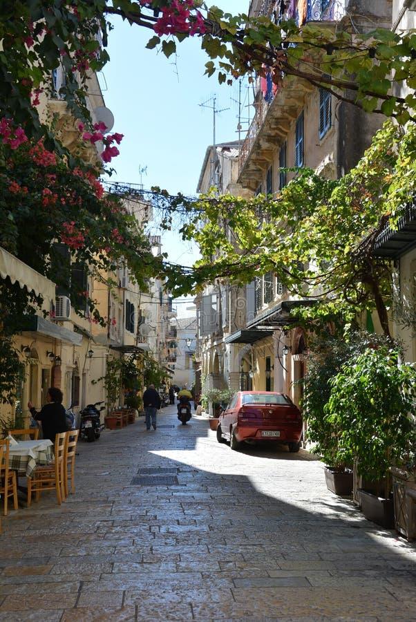 Rua na cidade de Corfu fotos de stock royalty free