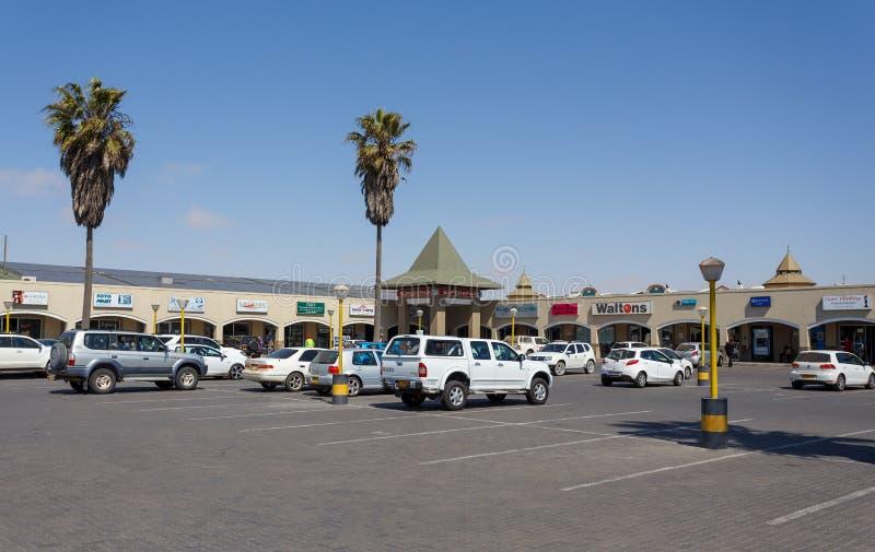 Rua na cidade de Swakopmund, Namíbia fotos de stock