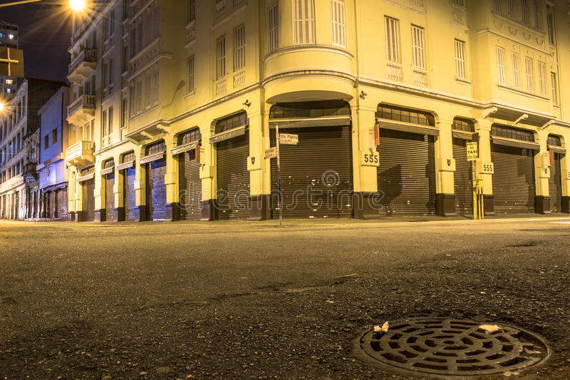 Rua na noite imagens de stock