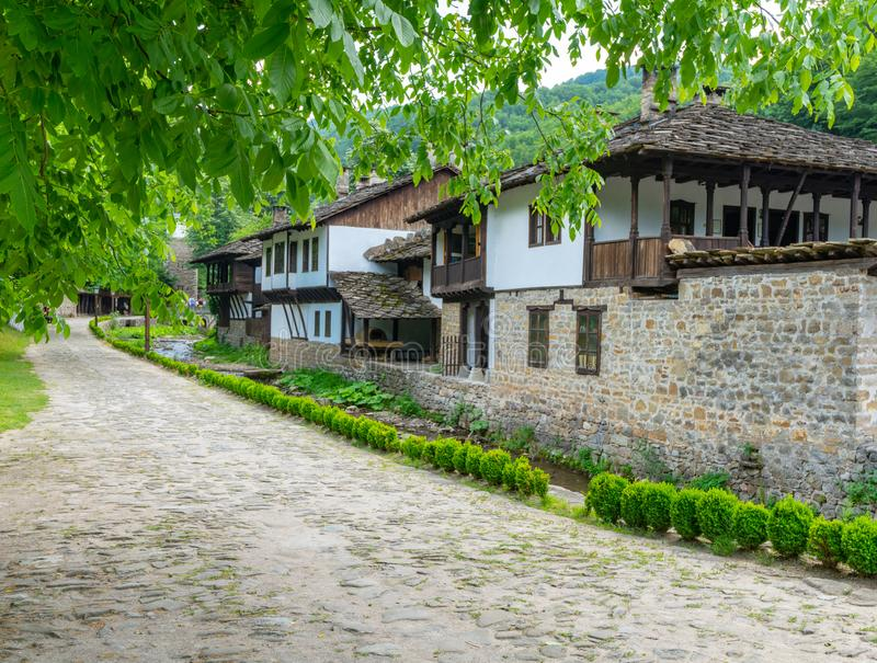 Rua na reserva natural de Etera em Bulgária fotografia de stock