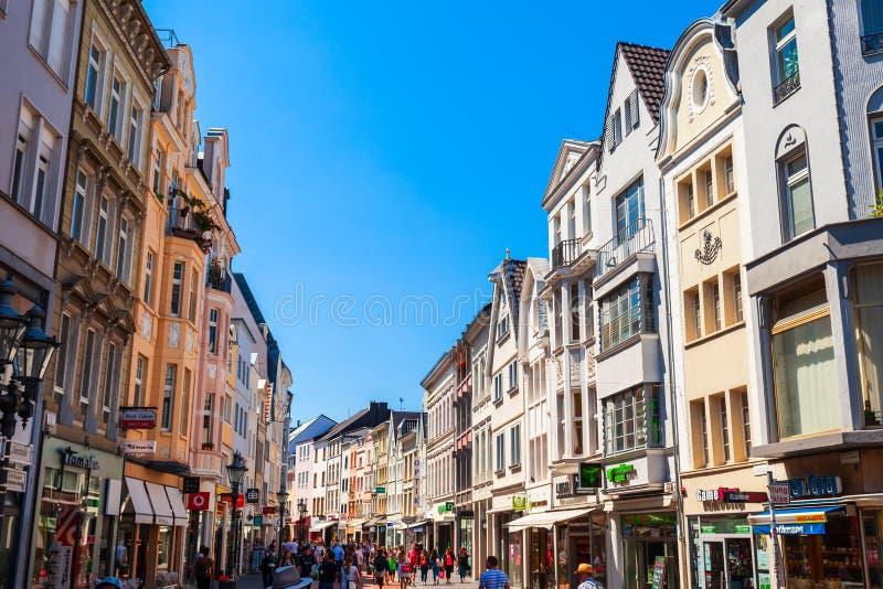 Rua pedestre em Bona, Alemanha fotos de stock