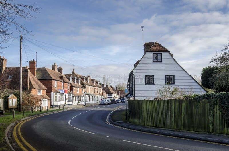 Rua principal da vila de Biddenden fotos de stock royalty free