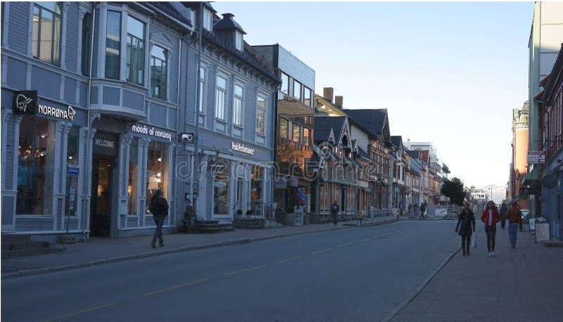 Rua principal de Tromso fotos de stock