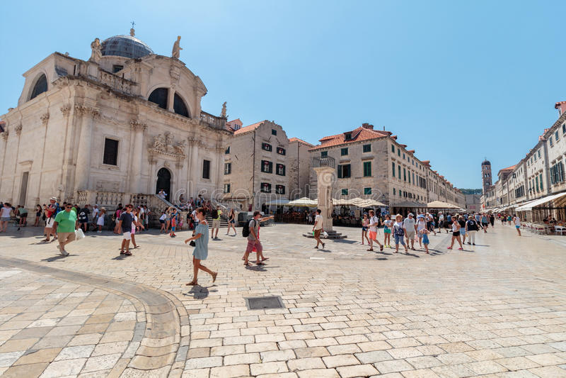 Rua principal Stradun ou Placa de Dubrovnik foto de stock