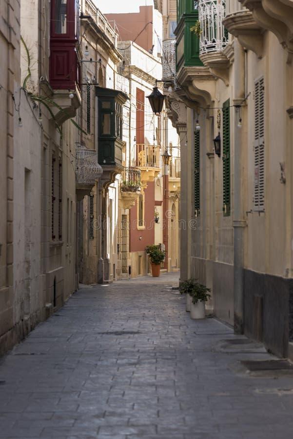 Rua secundária em Rabat Malta fotos de stock