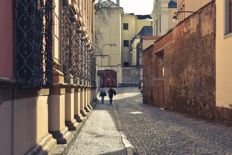 Rua velha em Olomouc - República Checa fotos de stock