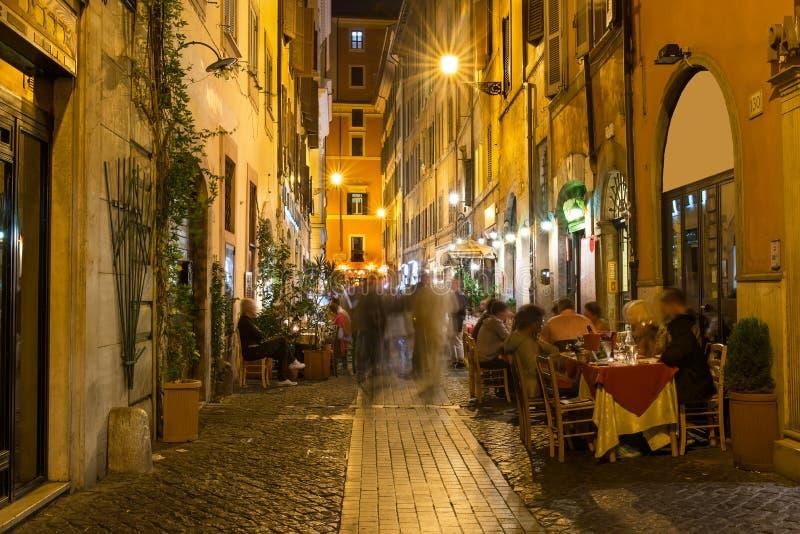 Rua velha em Roma fotos de stock royalty free