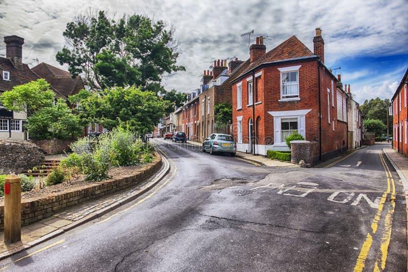 Rua velha na área habitável em Canterbury imagem de stock