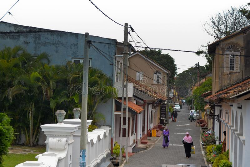 Rua velha no forte Galle, Sri Lanka foto de stock