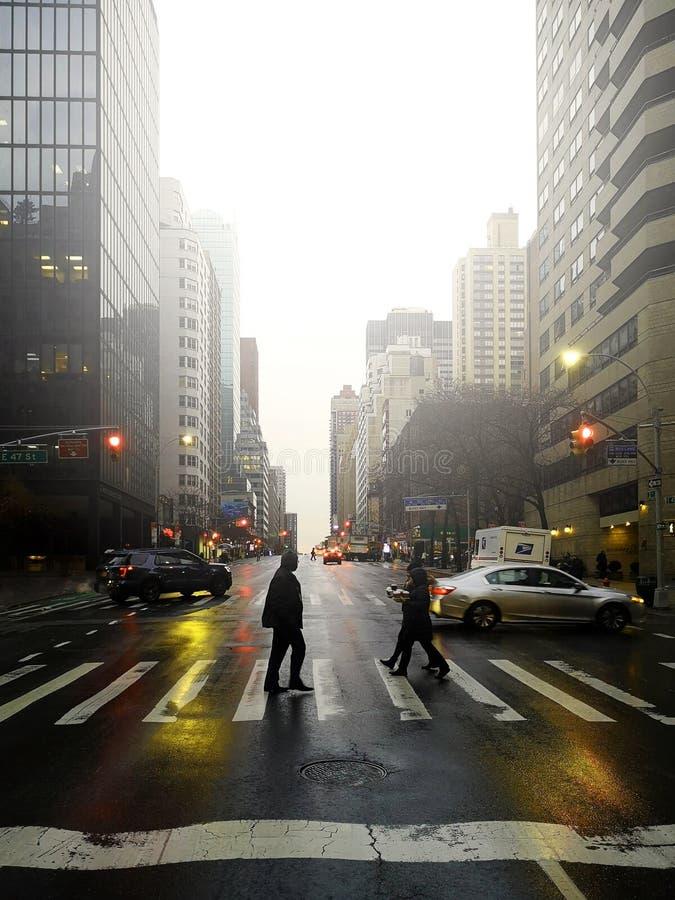 Ruas após a chuva em New York City foto de stock royalty free