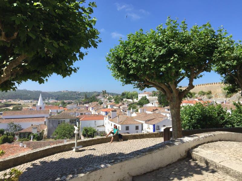 Ruas bonitas de Obidos Portugal fotos de stock royalty free
