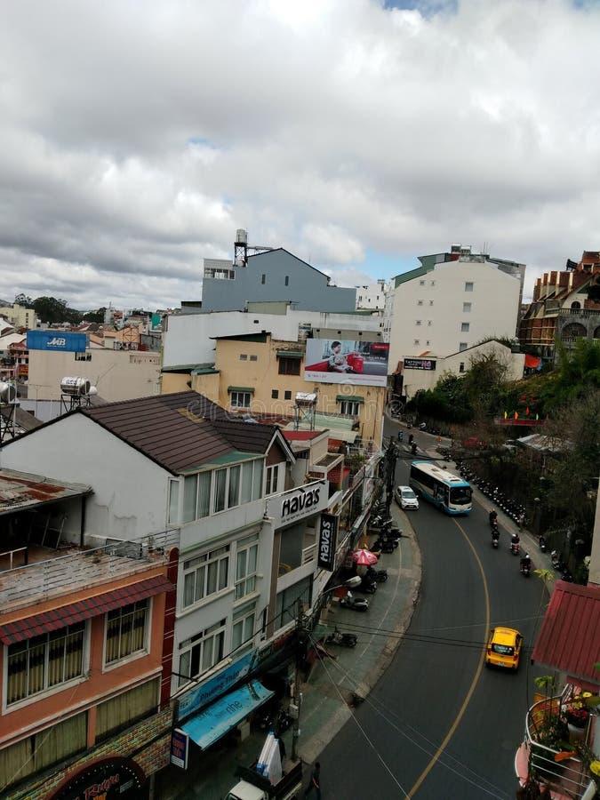 ruas da cidade de Vietnam do dalat imagem de stock