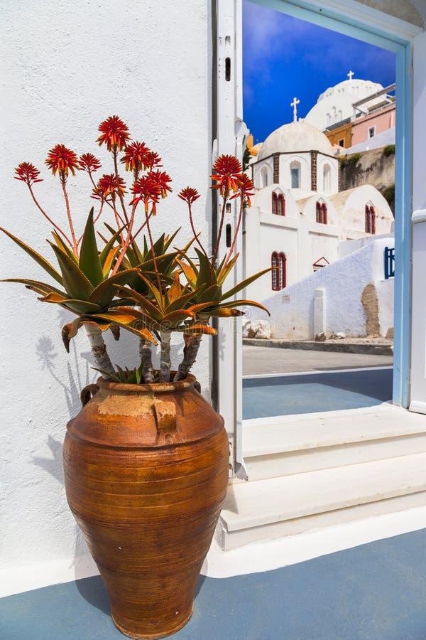 Ruas de encantamento da ilha de Santorini Detalhes arquitectónicos Greece imagens de stock