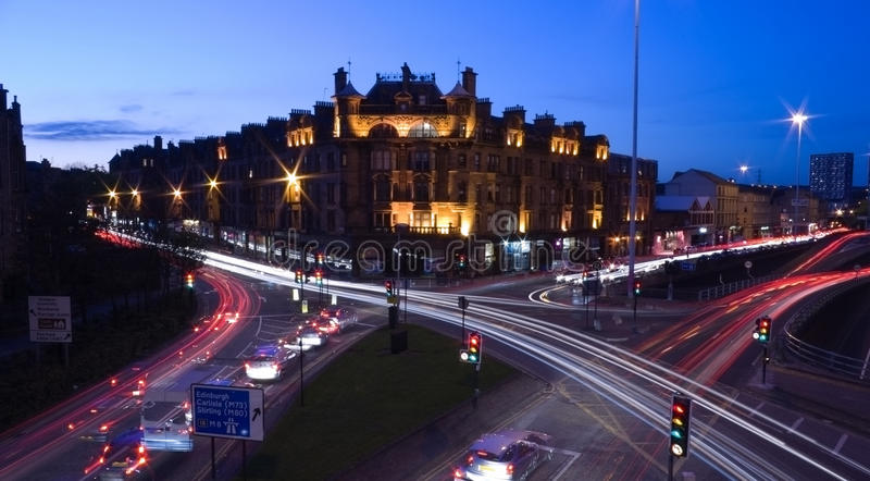 Ruas de Glasgow na noite foto de stock royalty free