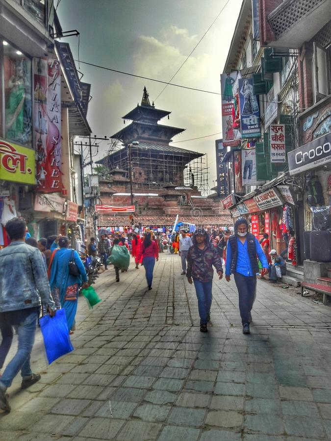 Ruas de Kathmandu fotos de stock royalty free