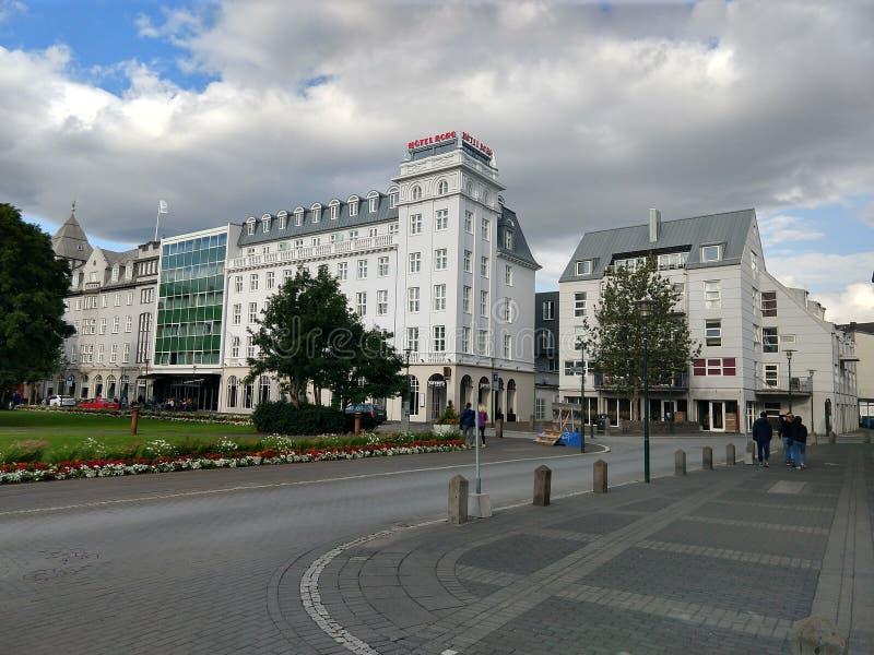 Ruas de Reykjavik do centro Islândia fotografia de stock royalty free