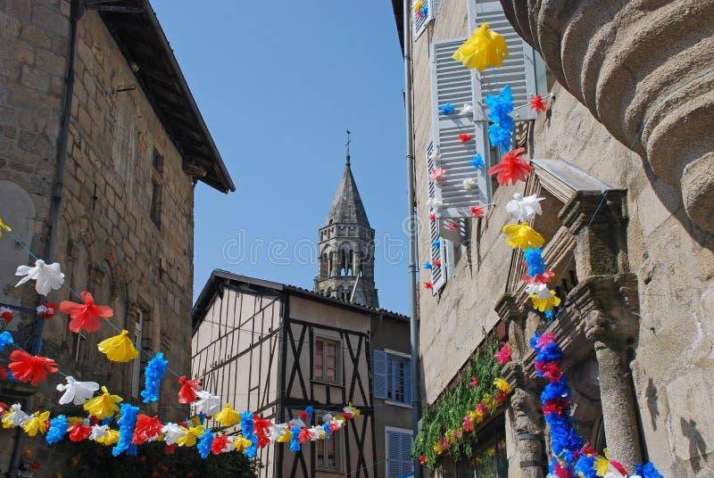 Ruas de St Leonard de Noblat na região de Limousin imagem de stock royalty free