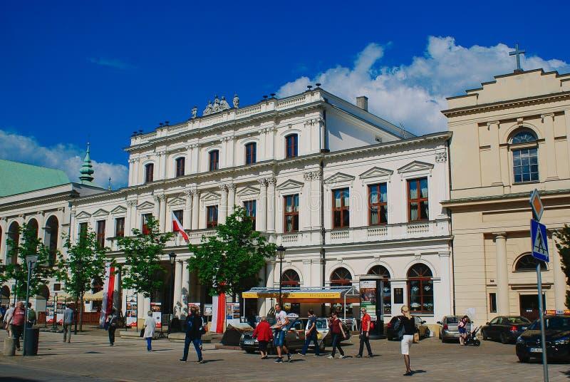 Ruas de Varsóvia em um dia ocupado imagem de stock royalty free