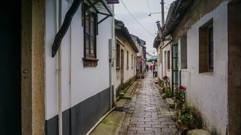 Ruas estreitas velhas de Tongli em China fotos de stock