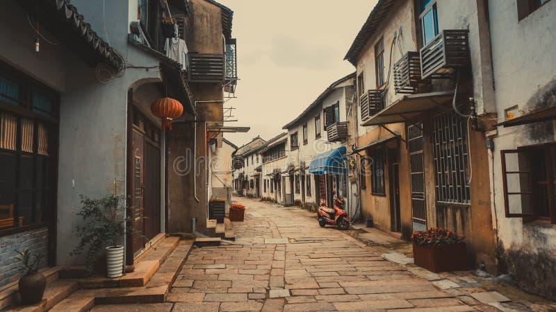 Ruas estreitas velhas de Tongli em China imagem de stock royalty free