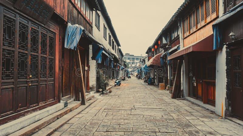Ruas estreitas velhas de Tongli em China foto de stock