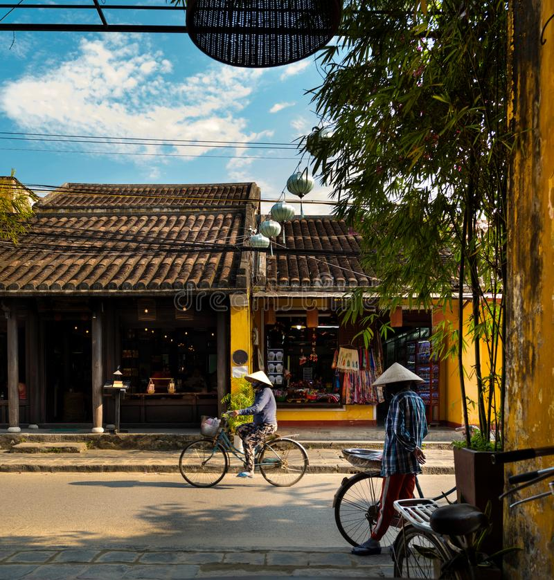 Ruas, Hoian - Vietname imagens de stock
