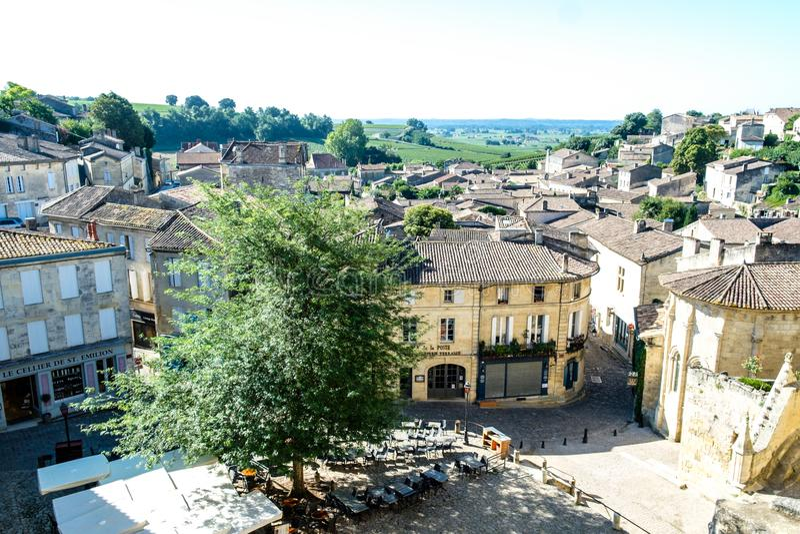 Ruas na cidade de Emillion de Saint fotos de stock royalty free