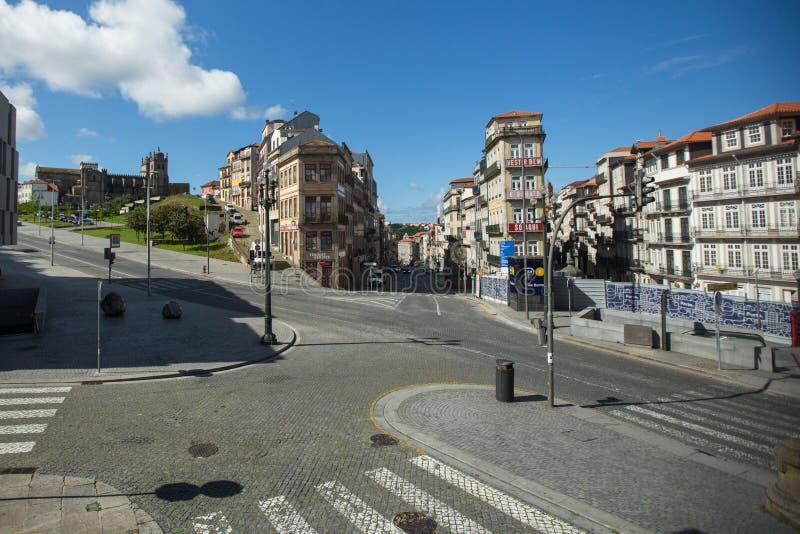 Ruas vazias do Porto no centro da cidade durante a Pandemia de Coronavírus fotografia de stock royalty free
