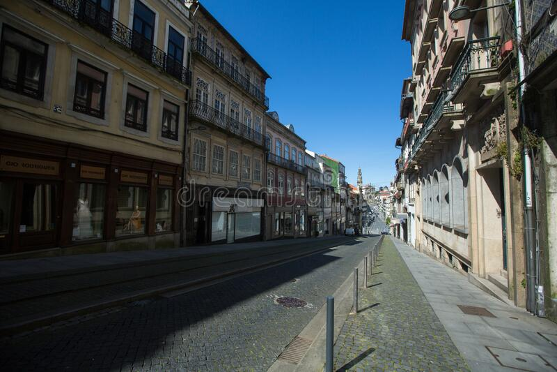 Ruas vazias do Porto no centro da cidade durante a Pandemia de Coronavírus fotografia de stock