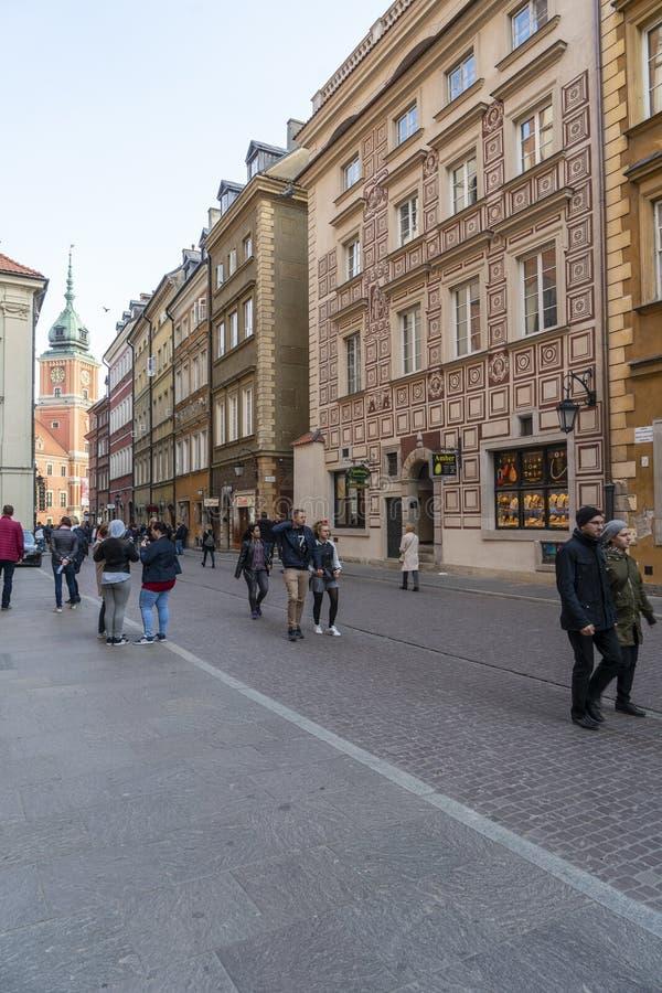 Ruas velhas da cidade em Vars?via imagem de stock royalty free