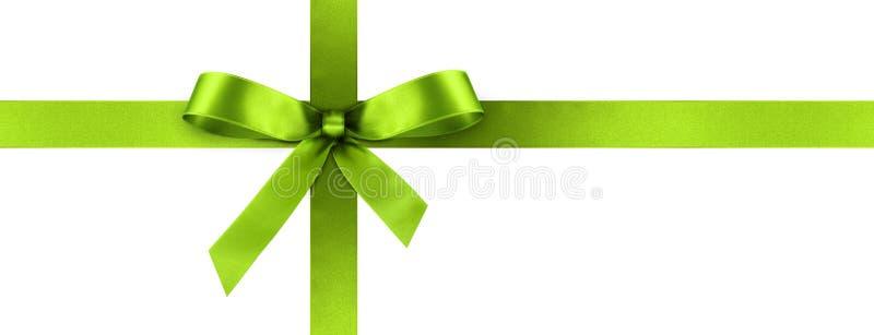 Ruban vert de cadeau de satin avec l'arc décoratif - bannière de panorama image stock