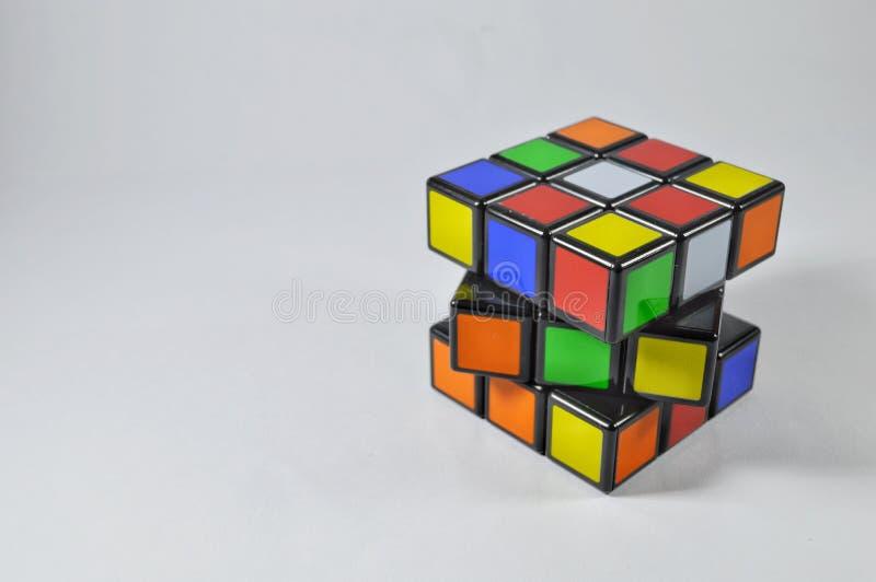 Rubik在白色背景的` s立方体 库存图片