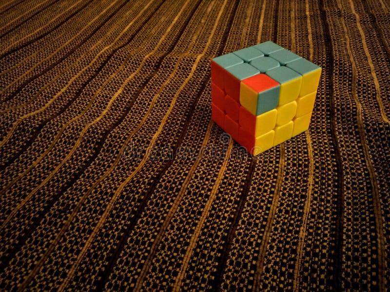 Rubik& x27; cubo de s imagenes de archivo
