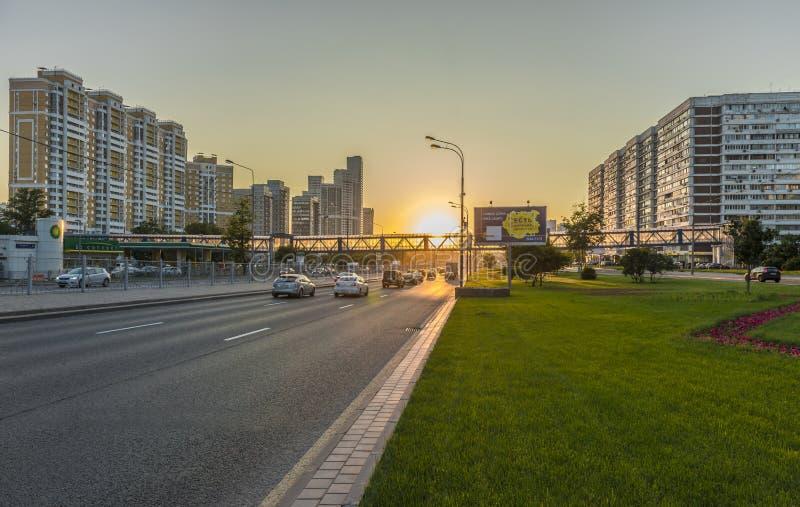 Rublevsky huvudväg i Moskva fotografering för bildbyråer