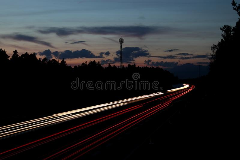 Ruch drogowy nocy światła zdjęcia stock