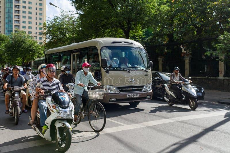 Ruch drogowy W Ho Chi Minh mieście obrazy royalty free